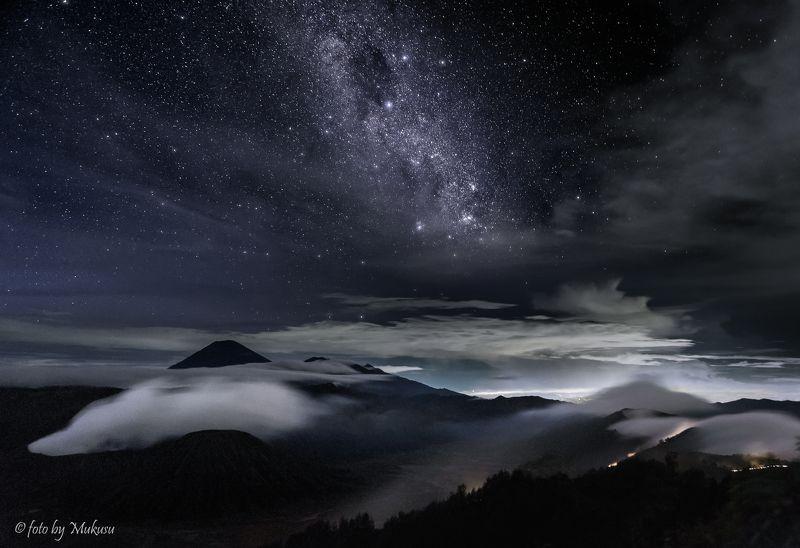 путешествия, индонезия, пейзаж,ночь,звезды, путешествия, вулканы, горы,travel, landscape под звездным небом спят вулканыphoto preview