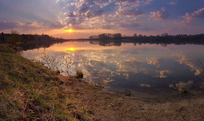 весна утро рассвет озеро облака отражение Весенним майским утромphoto preview