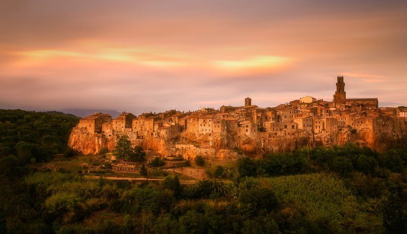 Pitigliano, Tuscany, Lee, Hitech, Long exposure, Longexposure, Clouds, Sunrise, Sunset, Val d\'Orcia, Italy Pitiglianophoto preview