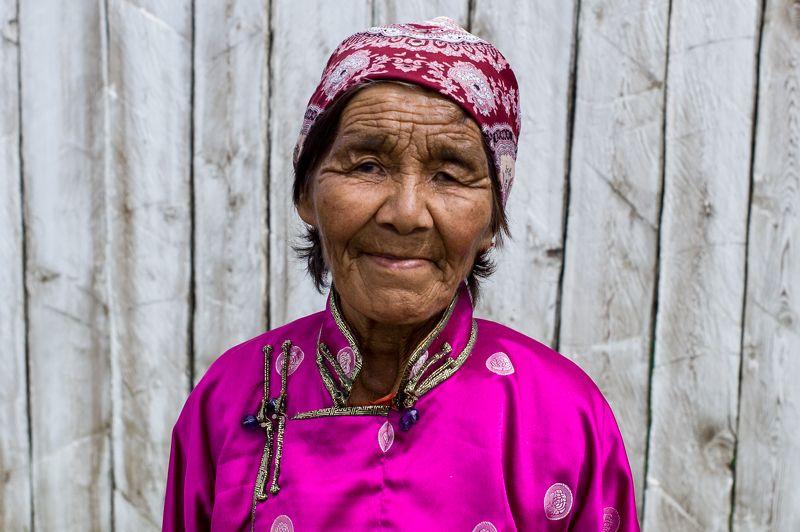 монгольские портретыphoto preview