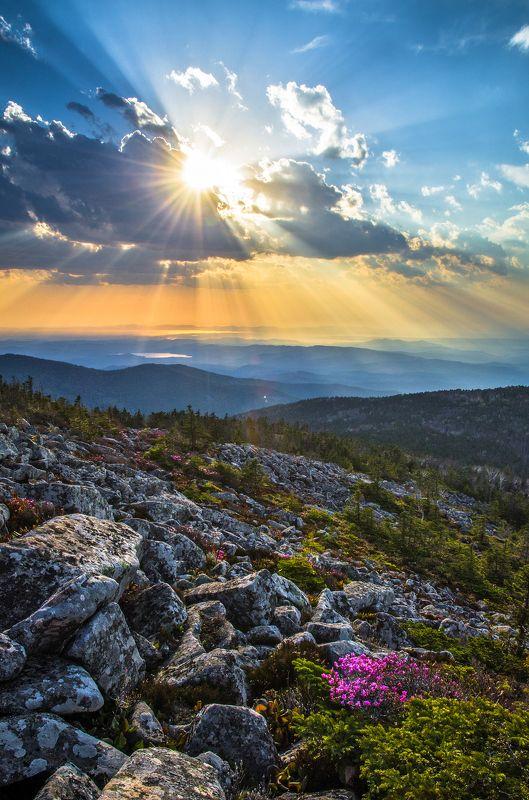 Пидан, Приморский край, Приморье, горы, закат Игры светаphoto preview