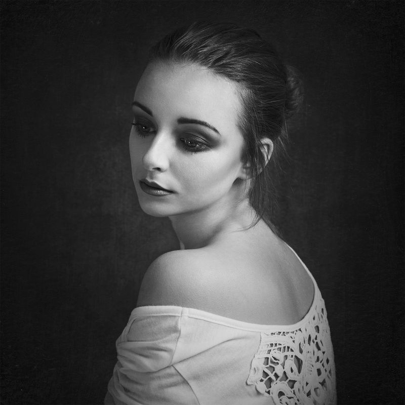 portrait, beautiful, beauty, lovely, pretty, gorgeous, amazing, cute, face, young, girl, awesome, jozefkiss, photography, nikonphotography, enikő, blackandwhite, ***photo preview