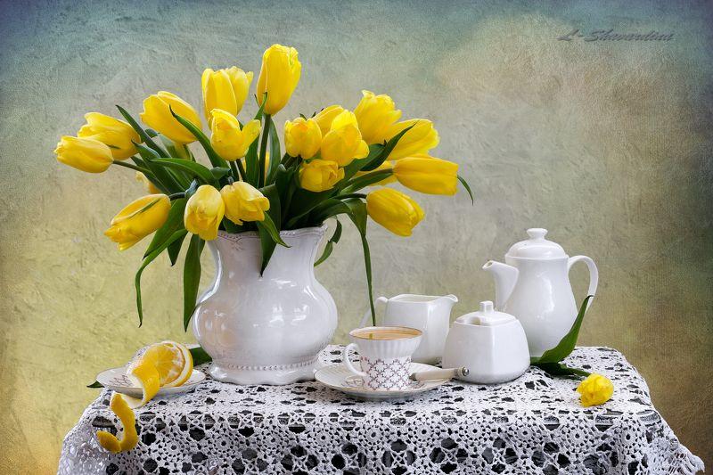 Желтые тюльпаныphoto preview