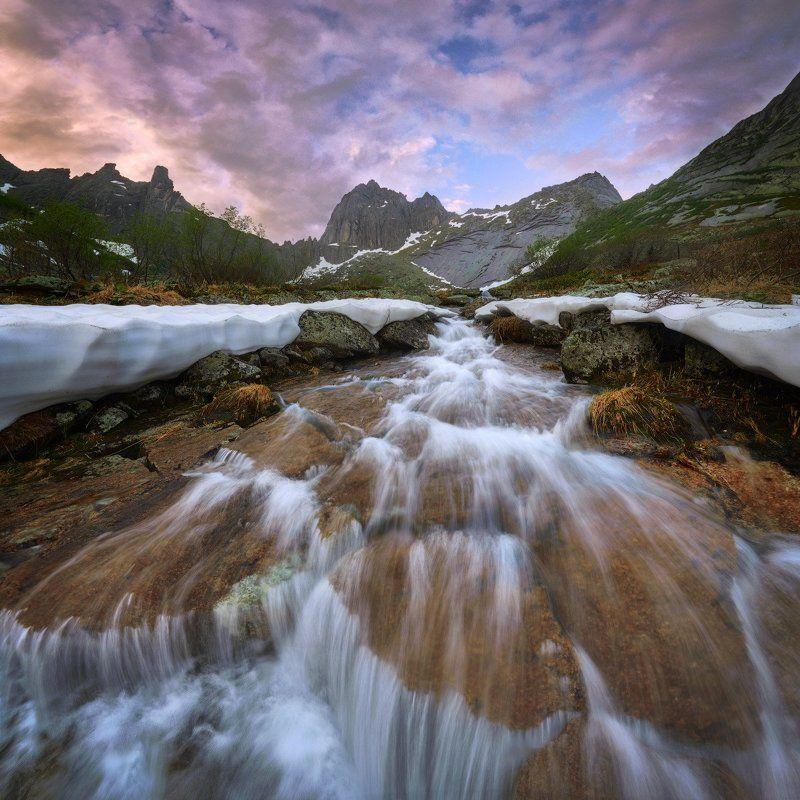красноярский край, западные саяны, национальный парк  ергаки, озеро, рассвет, перевал птица, покой, природа, ручей. \
