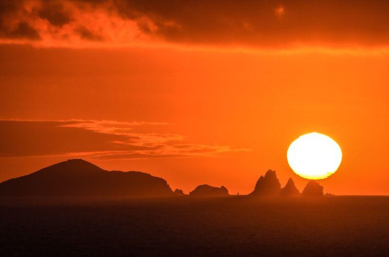 Рассвет, солнце, море, острова,Приморье, Приморский край Рассвет над архипелагом Римского-Корсаковаphoto preview