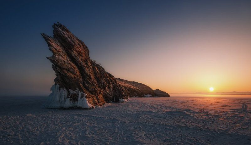 байкал, рассвет, лёд Остров Огой на рассвете…photo preview