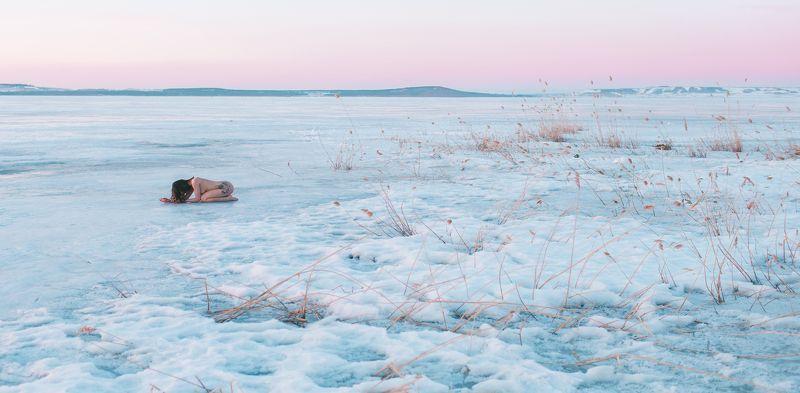 girl, nude, cold, dawn, sunrise, bashkortostan, april, spring, lake, aslikul, ice, April dawnphoto preview