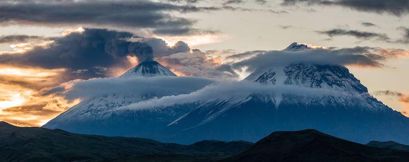 камчатка, вулкан, пейзаж, природа, путешествие, рассвет, Два Великанаphoto preview