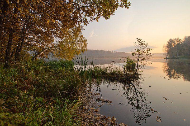 природа пейзаж озеро новое На осенних затонахphoto preview