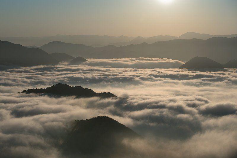 крым туман горы Пелена тумана....photo preview
