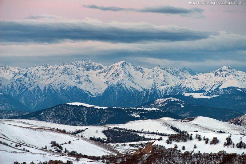 горы, предгорья, хребет, вершины, пики, снег, ночь,длинная выдержка, зима, скалы, холмы, долина, облака, путешествия, туризм, карачаево-черкесия, кабардино-балкария, северный кавказ ЭТО ВНИЗУ УЖЕ ОТЦВЕЛИ АБРИКОСЫ, А В ГОРАХ....photo preview