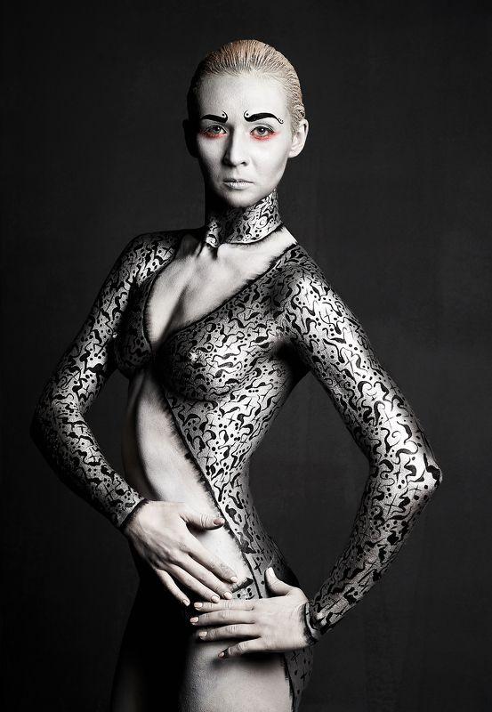 beauty, light, model, beautiful, fashion, moda, vogue, girl, nude, nu, studio Actressphoto preview
