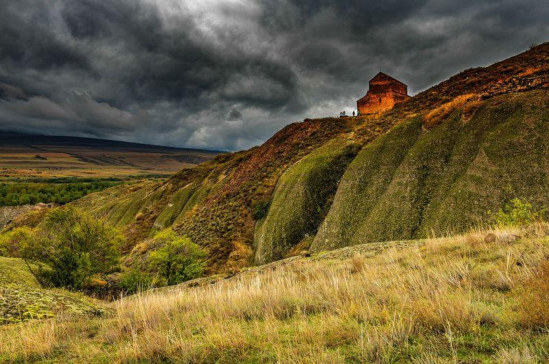 грузия, осень, пещеры Пещерный город Уплисцихеphoto preview