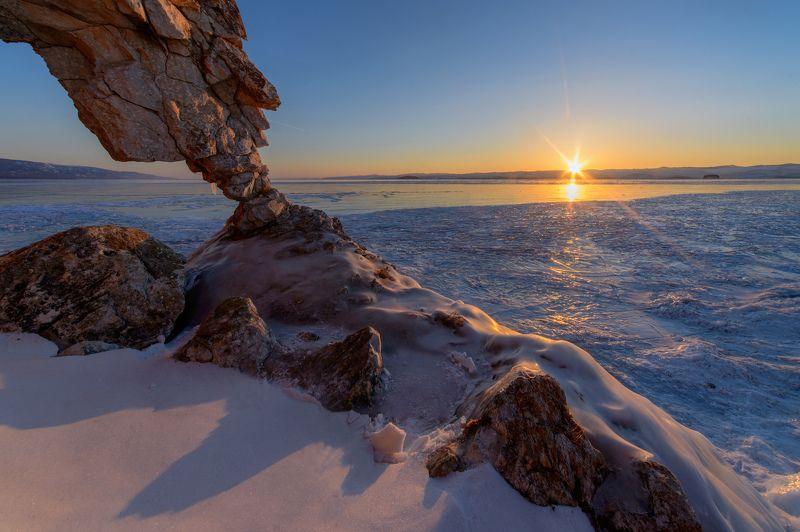 байкал, курма, лёд, зима, рассвет Рассвет над Курмойphoto preview
