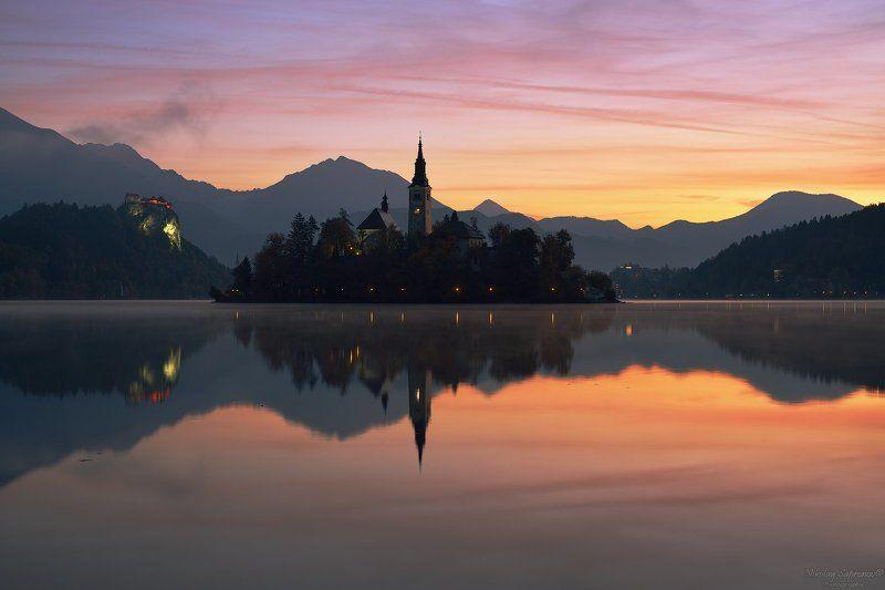 Блед, Словения, Юлианские Альпы, Альпы, Осень, Рассвет, Храмы, Замки, Slovenia, Bled, Jualian Alps, Alps, Bled Lake \