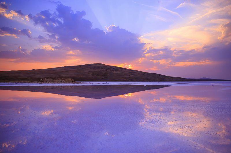 закат,озеро,розовый,облака,отражение,крым,опук,заповедник,кояшское,солнце,побережье,природа,керчь,лучи,пейзаж,россия Закат на Розовом Озереphoto preview