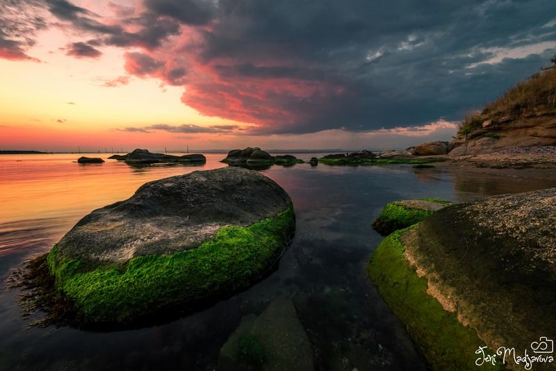 sunset, nature, landscape, sea, rock, sky, clouds Red sunsetphoto preview