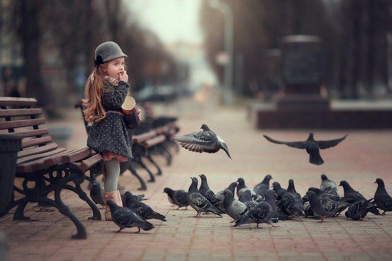 Покормим голубей:)photo preview