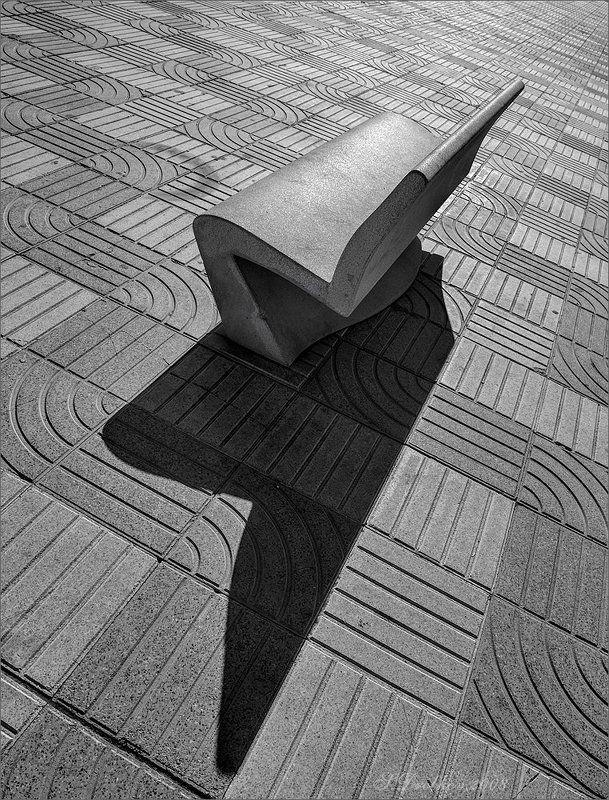 скамейка, ч/б, город Простые фигурыphoto preview