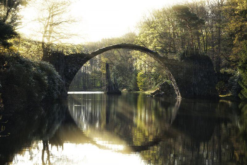 мост весна озеро Rakotzbrückephoto preview
