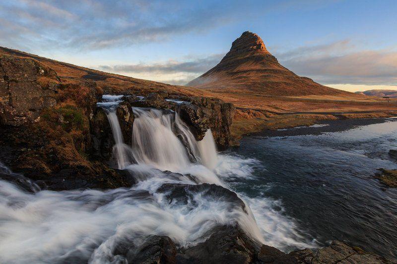 Kirkjufell (Церковная Гора). Исландия. Классика Исландии - Kirkjufell (Церковная Гора).photo preview