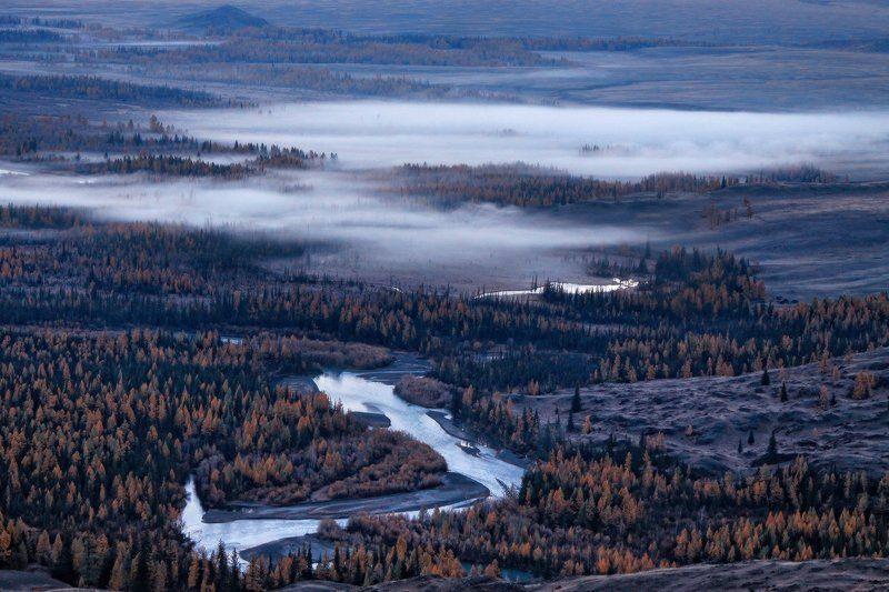 Миражи тумана над рекойphoto preview