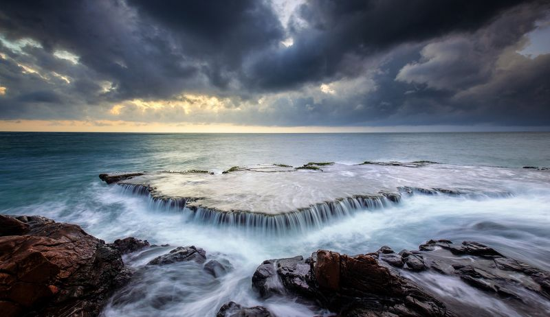 sea, waterfall, vietnam, seascape, landscape Sea falls photo preview