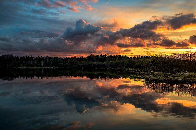 закат, озеро, облака Время закатаphoto preview