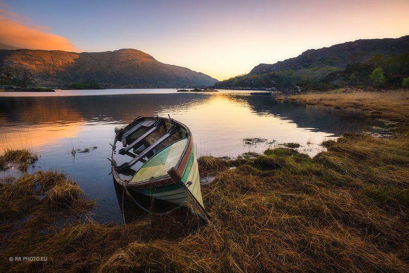ireland, landscape, sunrise, boat, lake, mountains Silent in the morning - Irelandphoto preview
