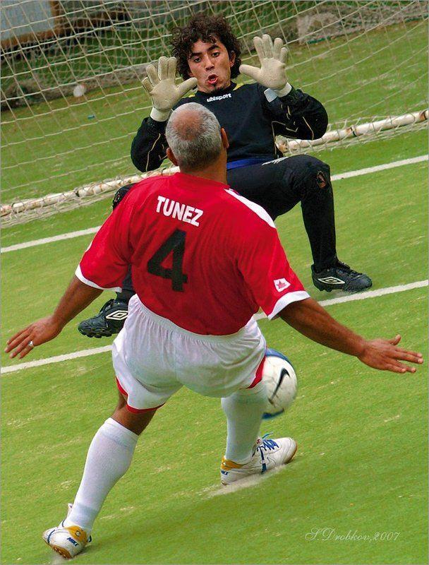 спорт, футбол Невесомостьphoto preview