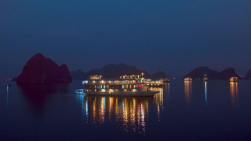 путешествия,travel,landscape,vietnam,halong bay, night, Ночь в бухте Халонг.photo preview