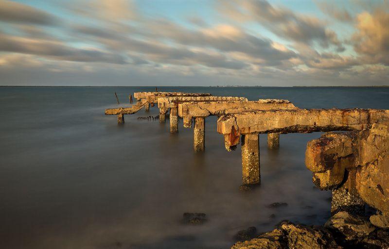 pier, sunset, ocean, clouds, cuba, пирс, закат, океан, облака, куба Old pierphoto preview