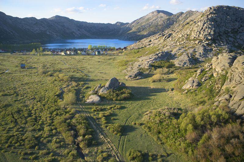 казахстан, алтай, сибины, озеро, горы, аэро, дрон, коптер, aerial Дорога к озеруphoto preview