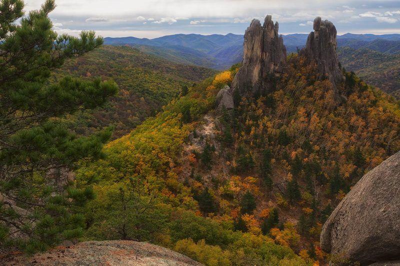 приморский край, чистоводное, тайга, скалы, осень скалы в Чистоводномphoto preview