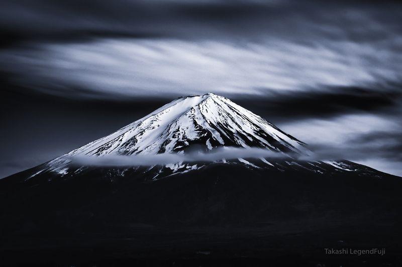 Fuji,mountain,Japan,clouds,snow,peak,summit,white,blue,sky,amazing,beautiful, Snow peakphoto preview