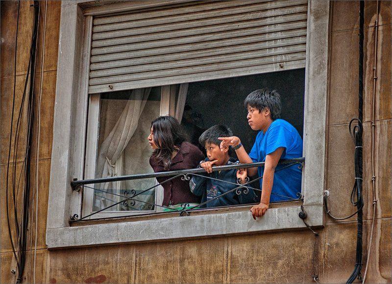 дети, окно, жанр Окноphoto preview