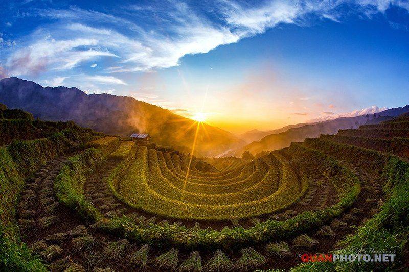 #quanphoto,#landscape,#sunset,#sundown,#clouds,#sky,#mountains,#rice,#terraces,#vietnam,#valley,#farmland,#agriculture,#mucangchai Rice Terraces Sunsetphoto preview