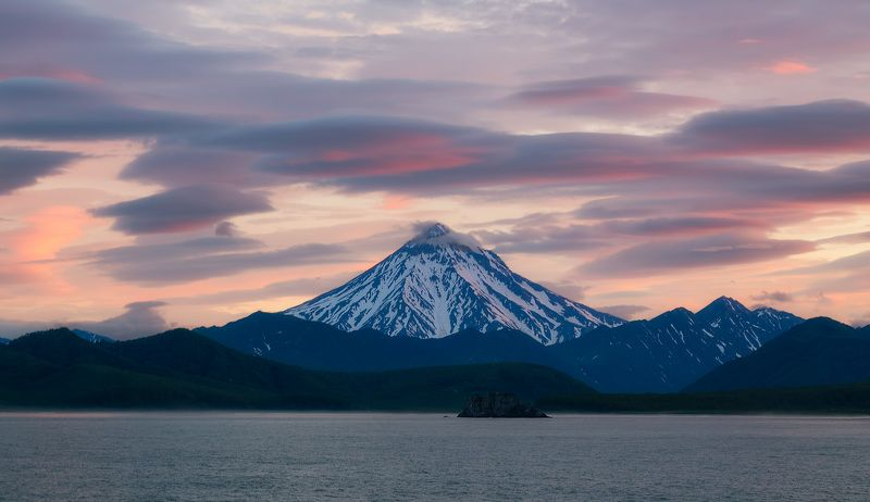 вулкан вилючинский, камчатка, лето, горы, закат Вилючинскийphoto preview