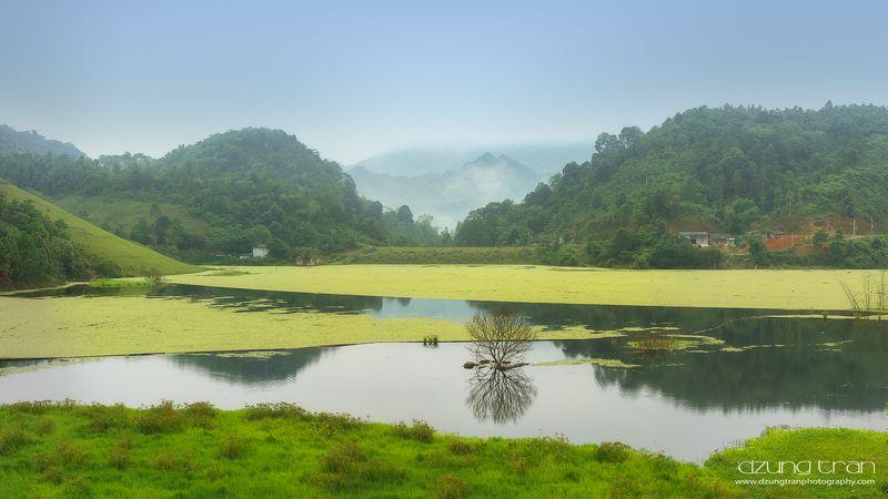 lao cai, lake, silent, peaceful Lao Cai Silent Lakephoto preview