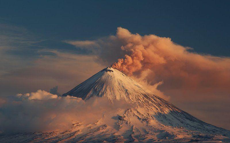 камчатка ключевской вулкан извержение Ключевскойphoto preview