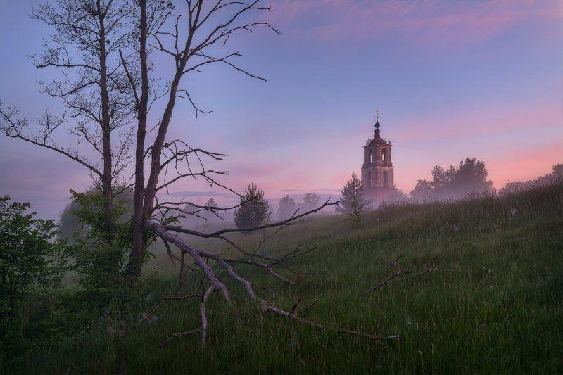 пейзаж, пейзажная съемка, утро, туман, храм, июнь, июньское утро, свежесть, молодая зелень, никон, landscape, may, fog, morning, church Летним утромphoto preview