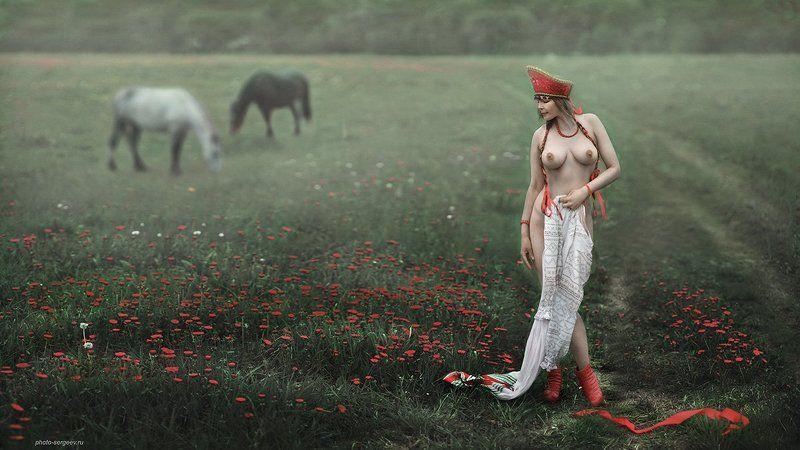 девушка,русское,поле,деревня,туман,обнажённая,арт,ню-арт Русский стильphoto preview