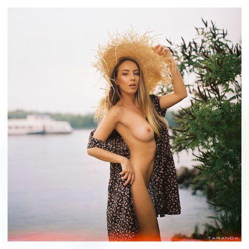 Порно голая фото анфиса чехова