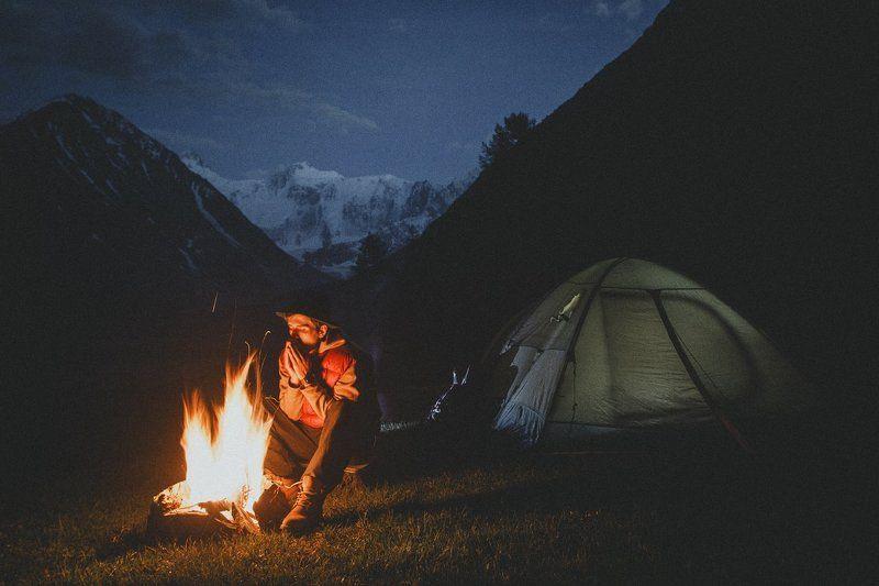 travel, tourism, белуха, аккем, алтай, сибирь, лес, россия, siberia, exployer, russia, belukha, akkem, altay, hiking Тепло костраphoto preview