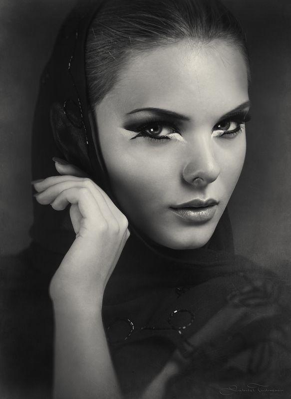 portrait, black & white Angelphoto preview