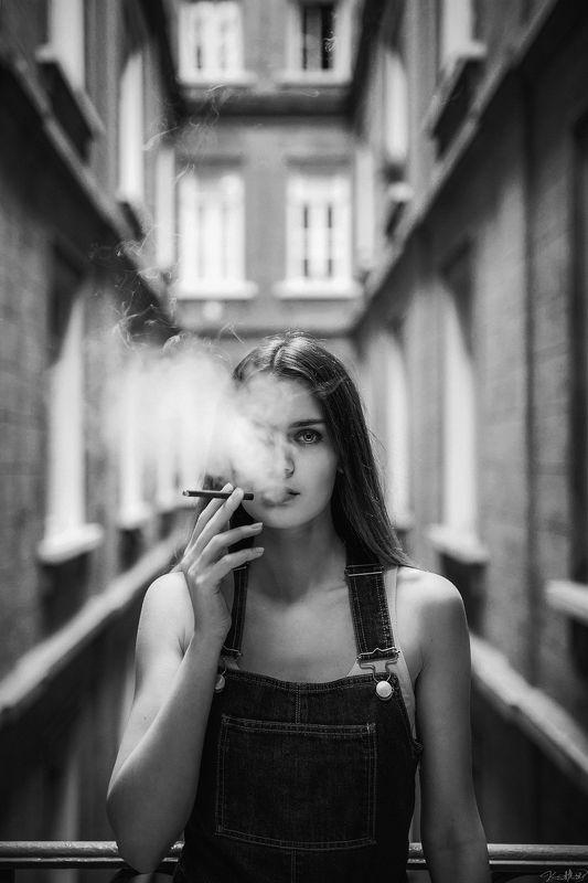 модель, sexy, b&w, face, eyes, smoke, art, nikon, sigma, 35mm Tatiana B&Wphoto preview