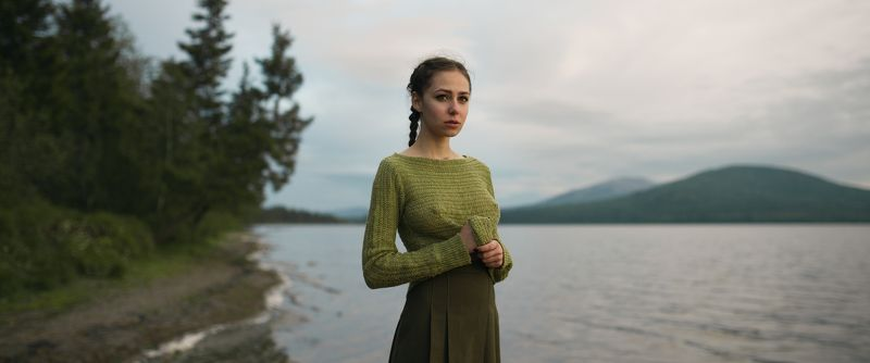 girl, portrait, nature, lake, ural, zuratkul, green, color, nice, mountains, mountain, russia Zuratkulphoto preview