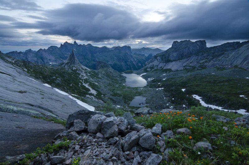 ергаки, оз. горных духов перед рассветомphoto preview