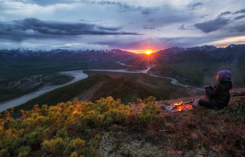 индигирка, якутия, хонуу Якутия. Разгар белой ночи.photo preview