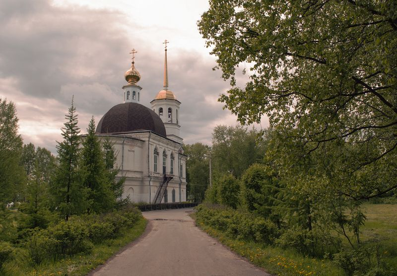 Город Онега. Свято-Троицкий Собор.photo preview